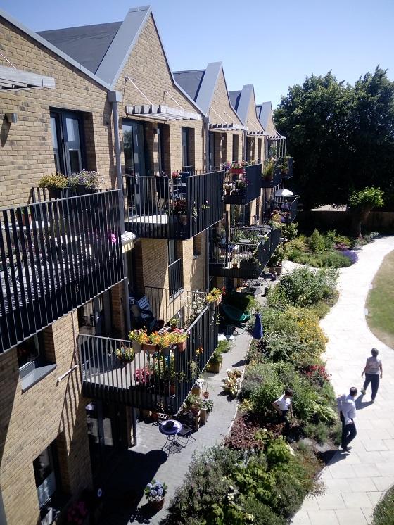Covid-19 och cohousing i England